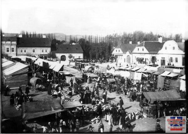 Centru, piata la sfr. sec. al XIX-lea