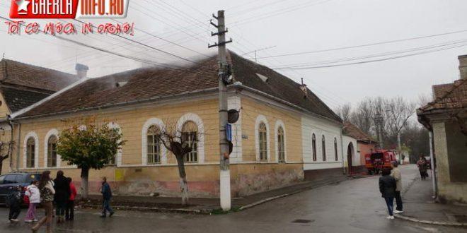 incendiu pompieri gherla casa acoperis str vasile alecsandri