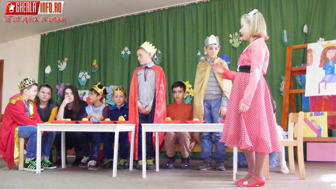 copii elevi ana ipatescu gradinita spiridusii casuta fermecata gherla spectacol
