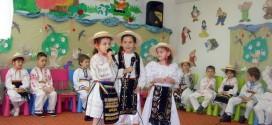 gradinita veseliei gherla spectacol copii