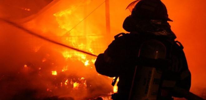 incendiu baita gherla pompieri
