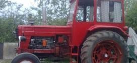 tractor padure