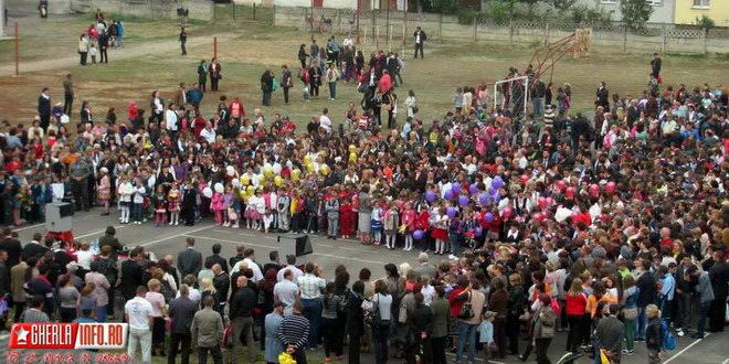 an scolar festivitati deschidere gherla scoala 1