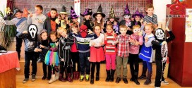 "Halloween cu masti fioroase la liceul ""Ana Ipatescu"""