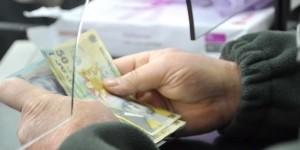 ghiseu finante bani