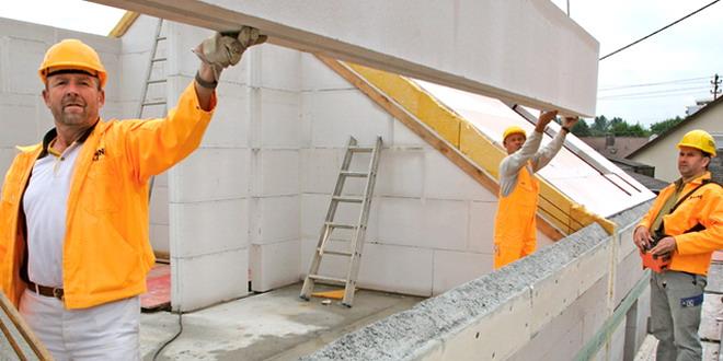 constructie casa cladire muncitori