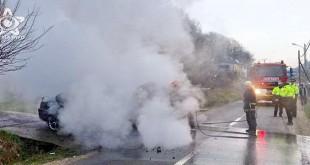 incendiu masina floresti pompier cluj colina