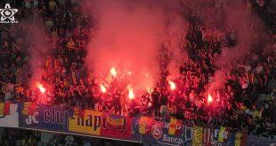 romania muntenegru fotbal fumigene cluj