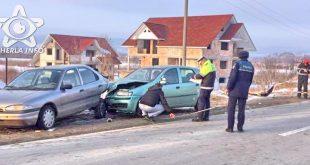 accident manastirea cluj masina oprita lovita politie