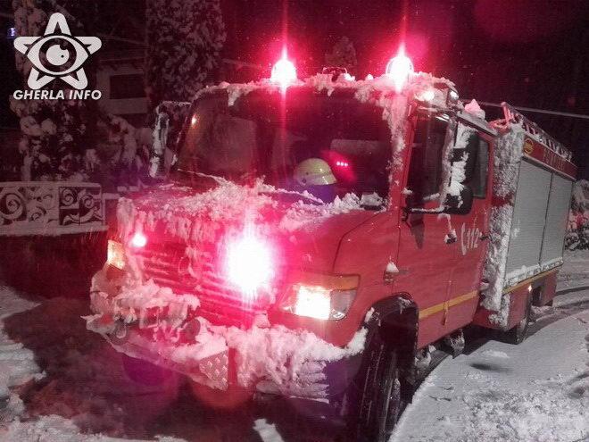 pompieri isu cluj ninsoare