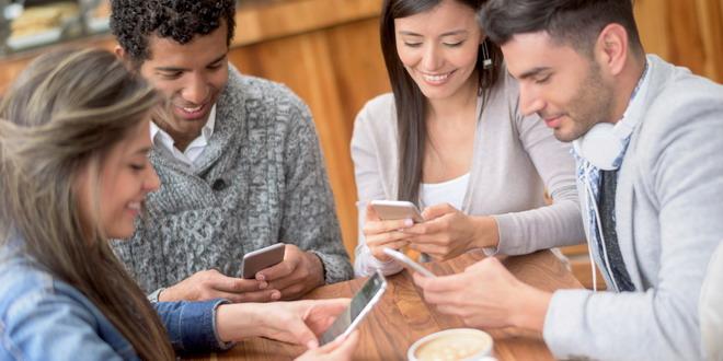 telefon tineri mobil cafenea
