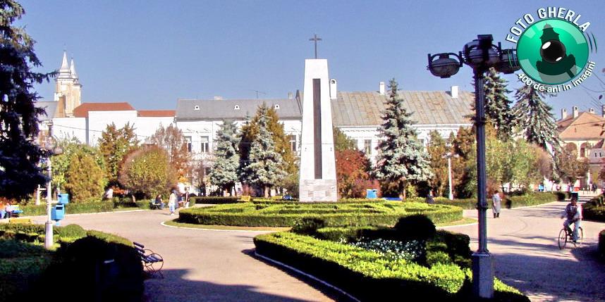 gherla parc monument centru