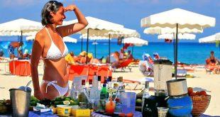 mare turista plaja