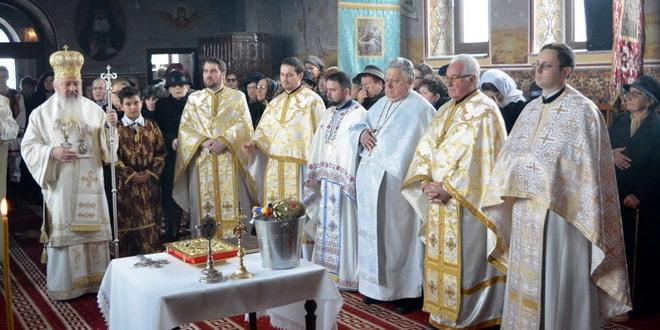 biserica hasdate sfintire