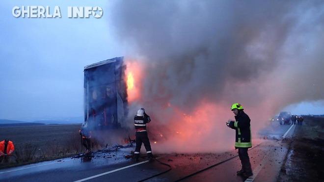 tir incendiu pompieri livada satu mare