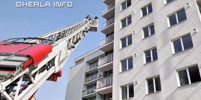incendiu bloc pompieri cluj
