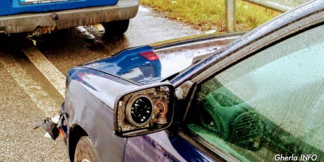 masina oglinda rupta apahida cluj
