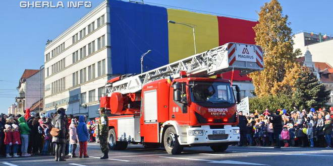 pompieri cluj ziua romaniei defilare