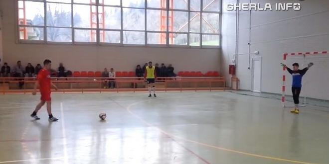 fotbal penitenciar satu mare