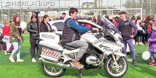 iclod ziua politiei motocicleta