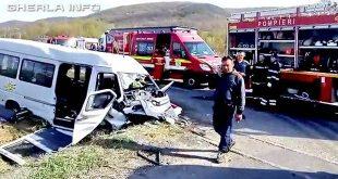 accident microbuz capusu mare elevi bacau cluj rasturnat pompieri