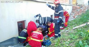 pompieri cazut inaltime cluj smurd biserica