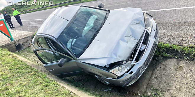 accident ford sant bunesti cluj