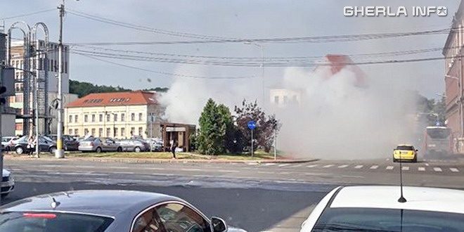 incendiu cluj masina parcare cipariu