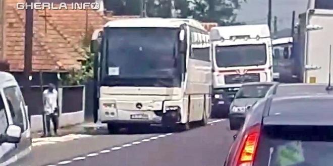 accident iclod autobuz