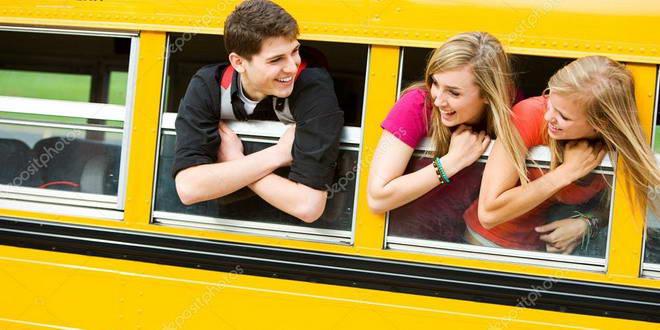autobuz tineri