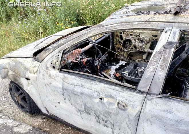 masina incendiu caianu