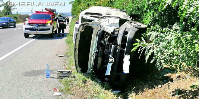 accident jucu pompieri cluj rasturnat autoutilitara