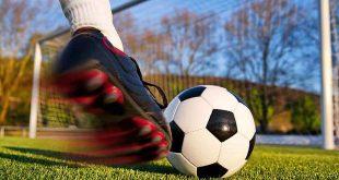 fotbal sut poarta balon