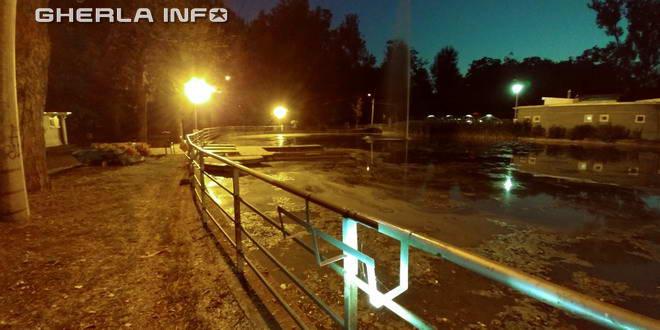 gherla lac parc noapte
