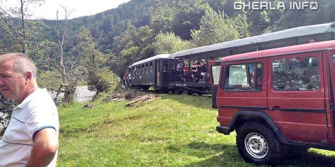 tren deraiat locomitiva mocanita valea vaserului maramures