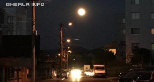gherla strada plugarilor bloc noapte
