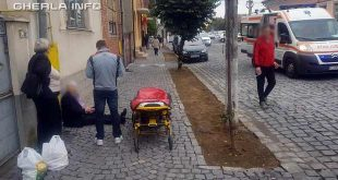 femeie ranita trotuar gherla