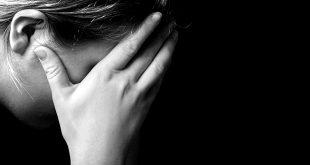 femeie trista
