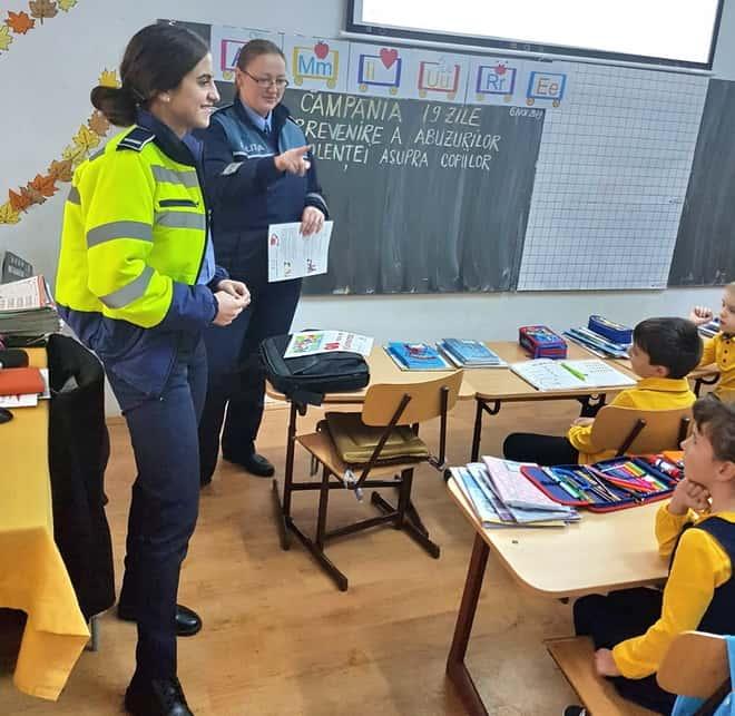 politie scoala liceu elevi gherla