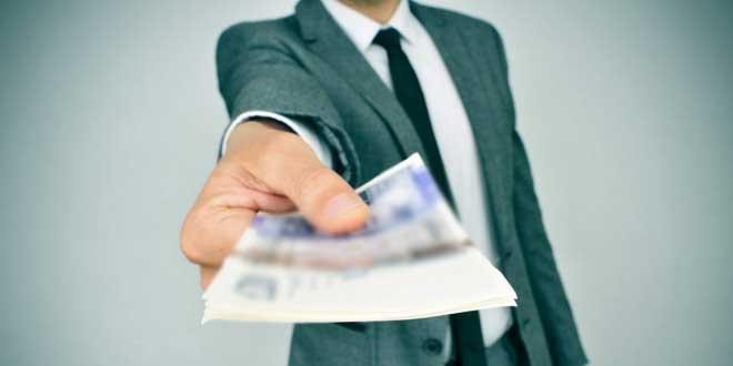 om afacere bani