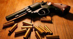 pistol gloante arma cartus