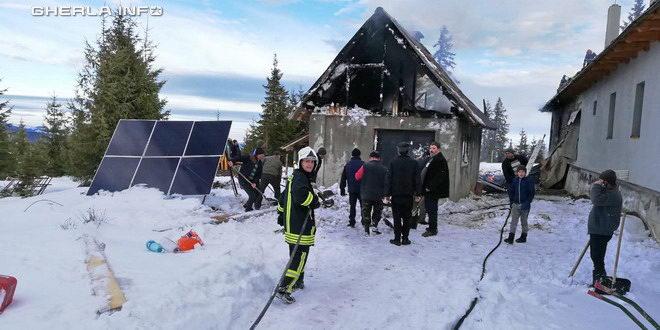 incendiu marisel manastire cluj pompieri
