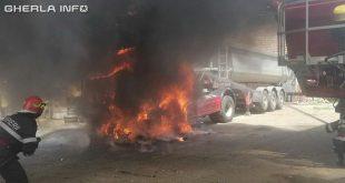 incendiu camion dej pompieri