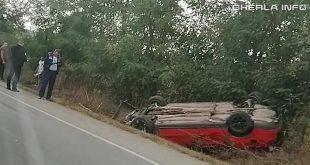 accident jucu masina rasturnata