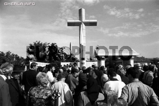 1993 monument detinuti politici gherla