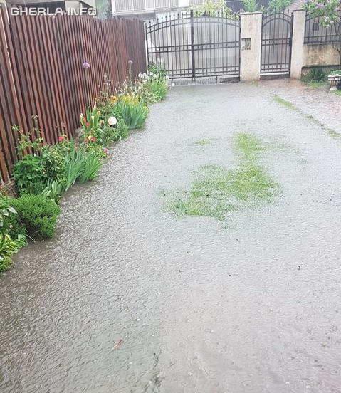 inundatie curte