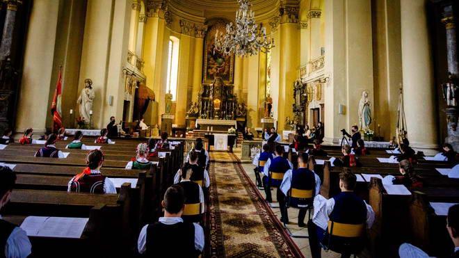 biserica absolvire liceu kemeny zsigmond szamosujvar gherla