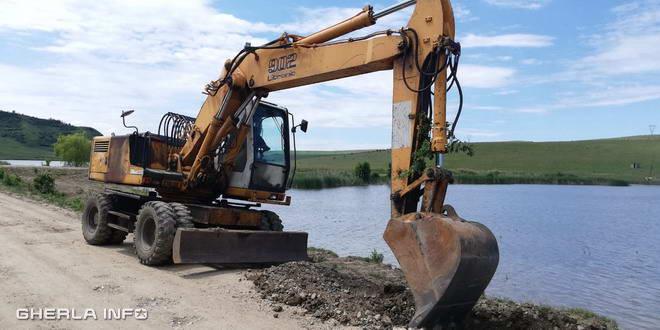 excavator lac