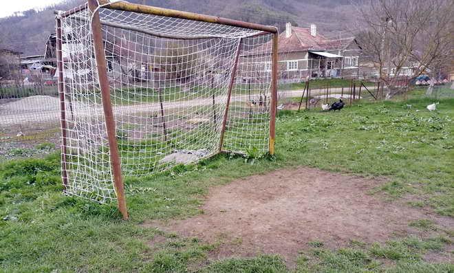 teren fotbal santioana taga