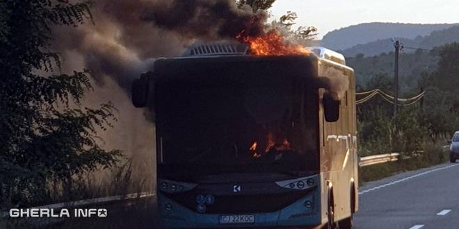 autobuz incendiu dej